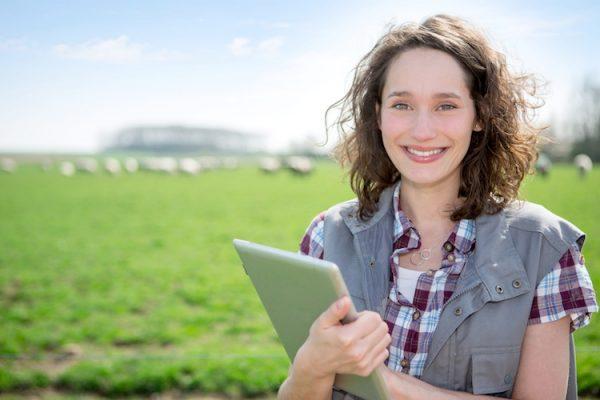 giovane giovani agricoltura